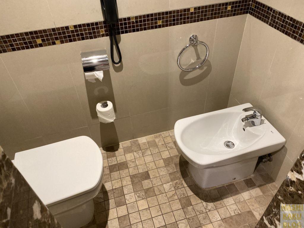 トイレ&ビデ
